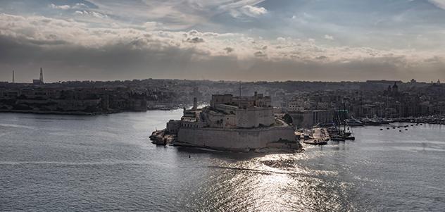 Portare auto a Malta