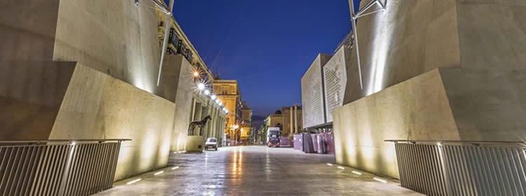 Cosa Vedere a Malta - il City Gate a Valletta