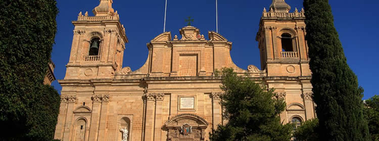 Cosa Vedere a Malta - Church of Saint Lawrence a Birgu
