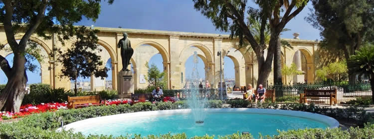 Cosa Vedere a Malta - Upper Barrakka Gardens a Valletta